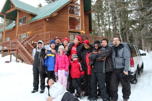 A group shot of the Carola Home on their skiing trip.
